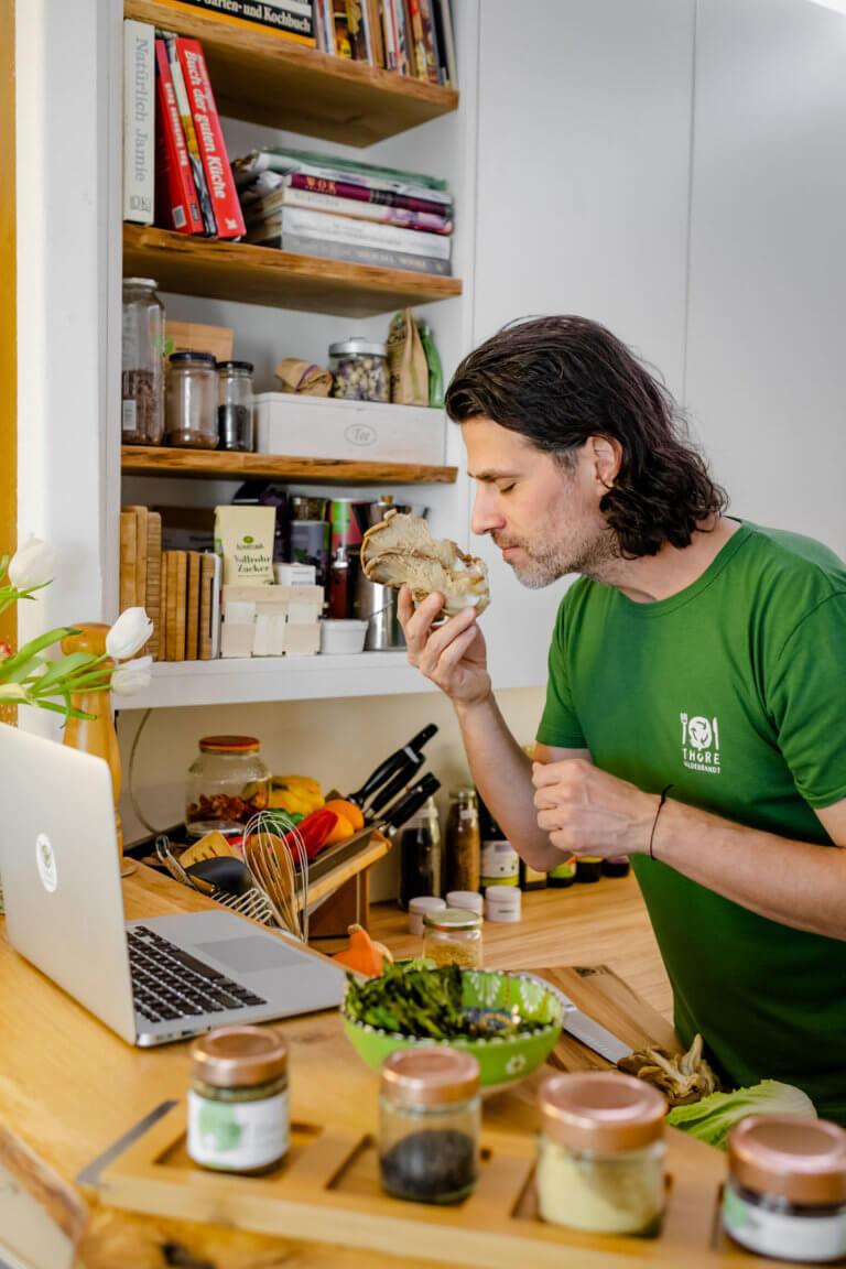 Thore Hildebrandt - Einführung in die Pflanzliche Küche Austernpilz